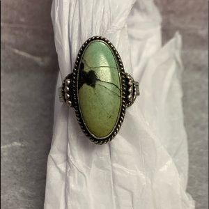 Jewelry - Green Turquoise antique sterling silver ring